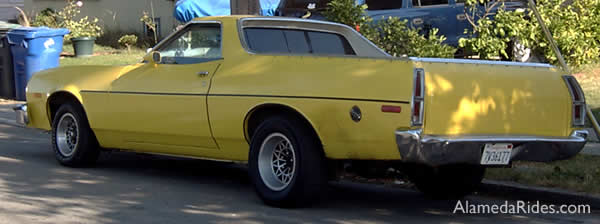 Ford Ranchero yellow