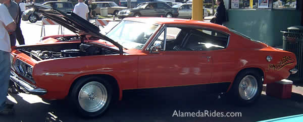 Plymouth Barracuda 6 cylinder
